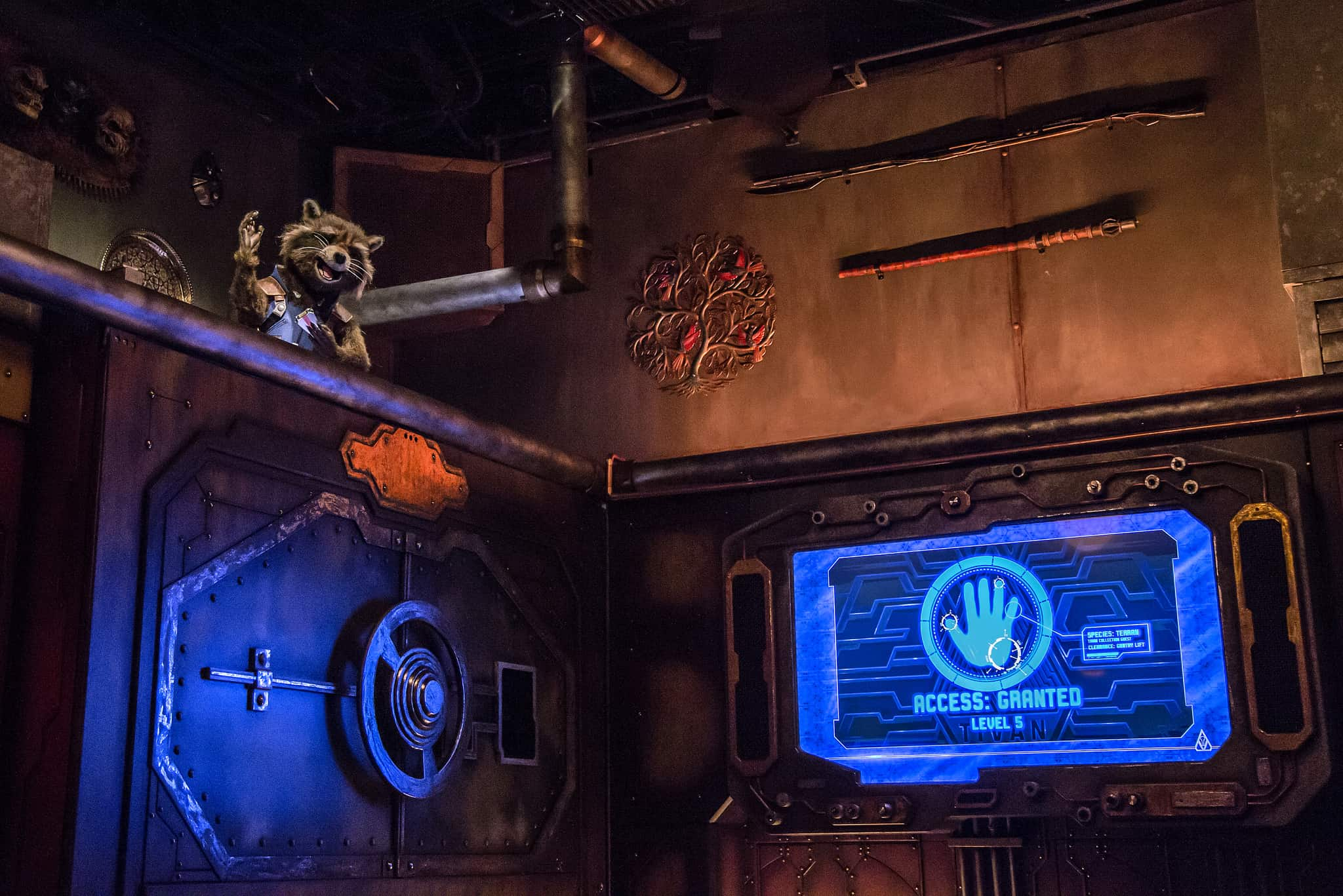 PHOTOS, VIDEO: Queue, Pre-Show, & Astonishing Rocket Raccoon Animatronic Revealed for Guardians of the Galaxy - Mission Breakout