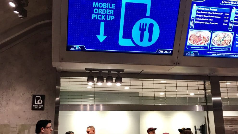 REVIEW: Mobile Ordering Debuts at Walt Disney World Counter Service Restaurants, Does It Work?