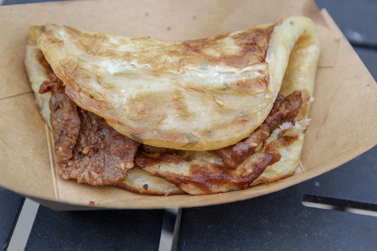 Epcot Food & Wine 2018 – China – Xi'an Pancake with Beef