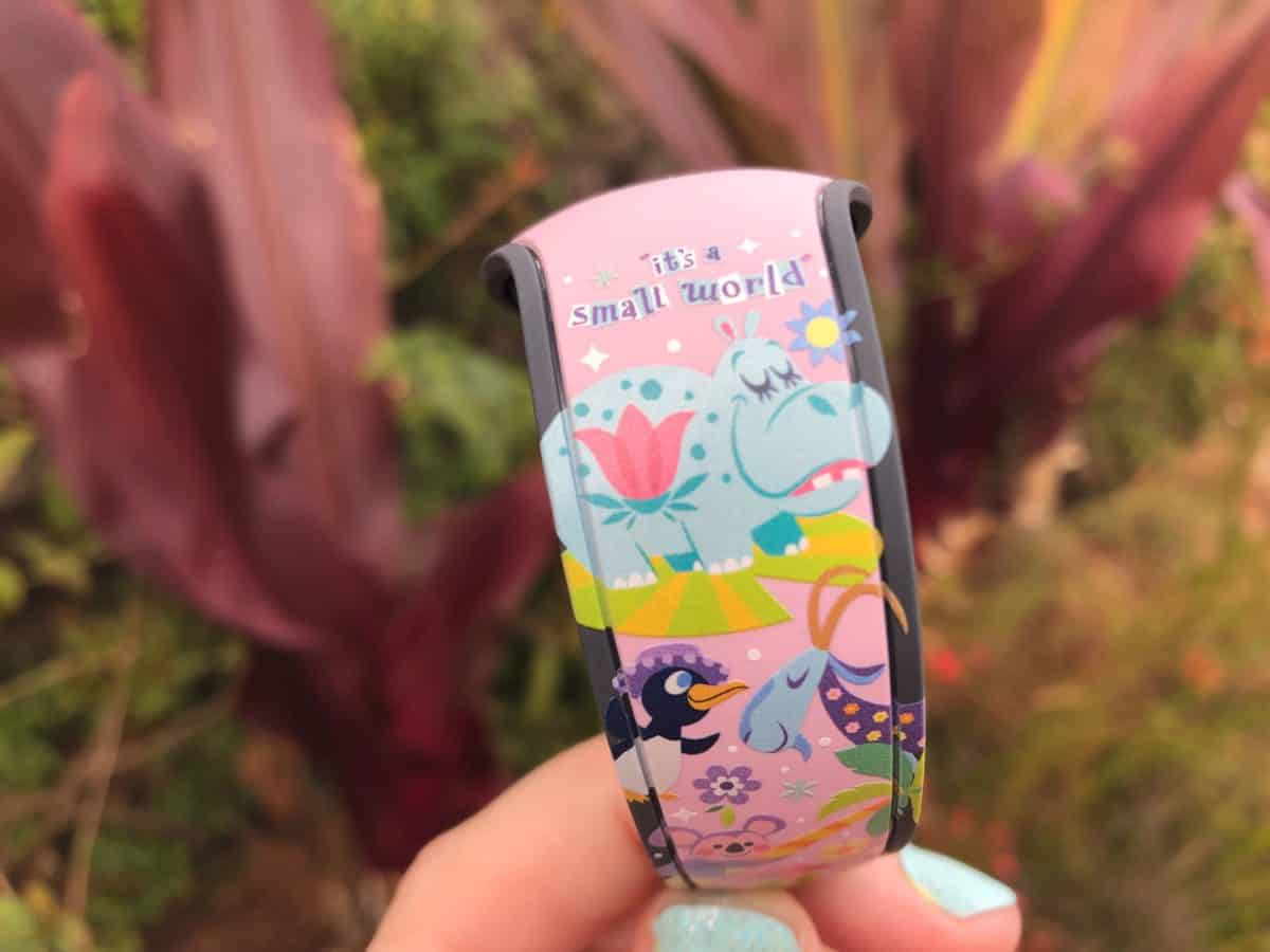 it's a small world magicband mary blair animal kingdom walt disney world