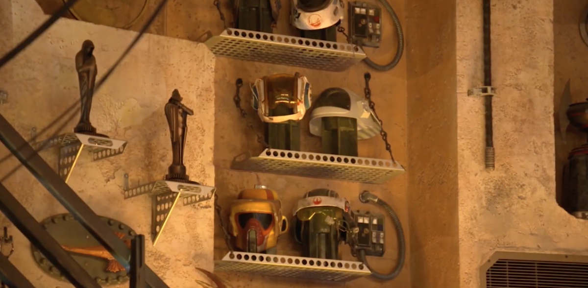 Star Wars: Galaxy's Edge Dok-Ondar's Den of Antiquities