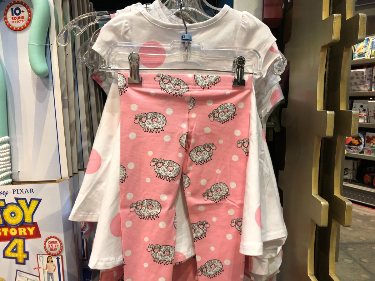 """""""Hanging with my Peeps"""" Youth Outfit - $36.99"""