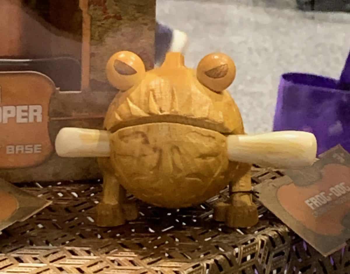 Toydarian Toymaker Wooden Frog-Dog