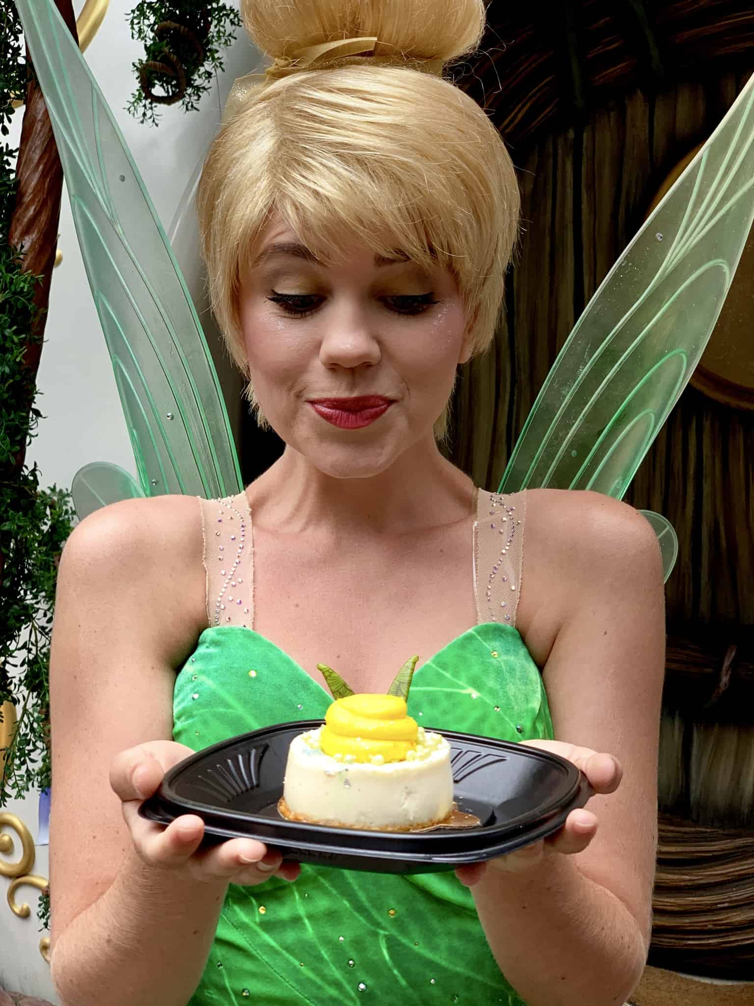 Tinker Bell Inpsired Coconut Cheesecake Jolly Holiday Bakery Disneyland Park