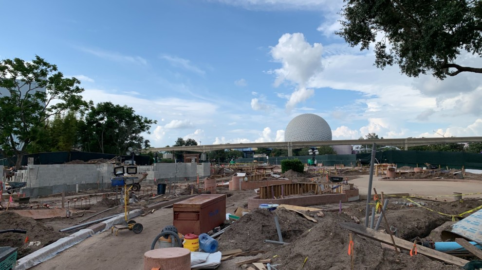 Rose Walk Pathway Construction Epcot Spaceship Earth