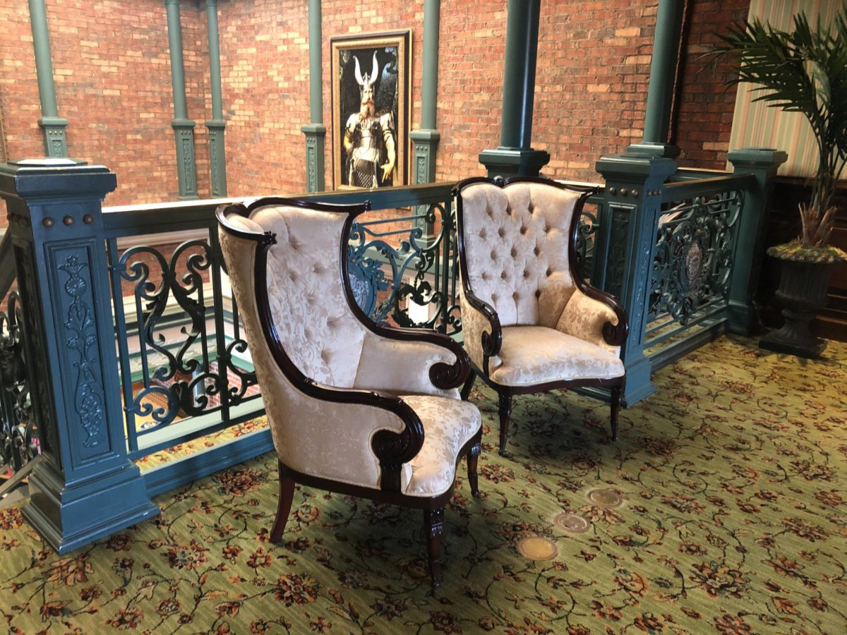 lombards seafood grill new annual passholder seating