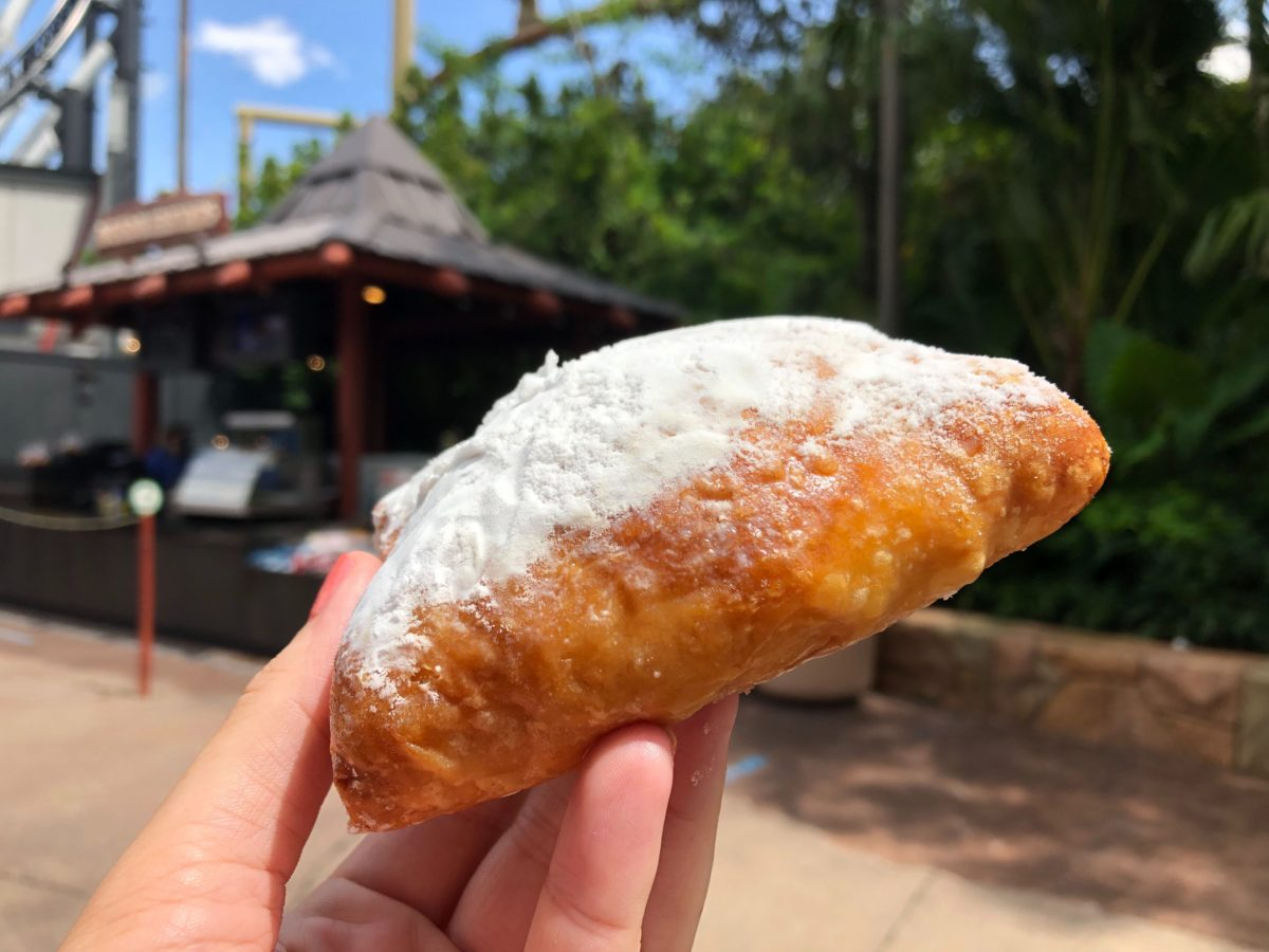 guava-pastelito-natural-selections-jurassic-park-islands-of-adventure-sept2020-8-1997445