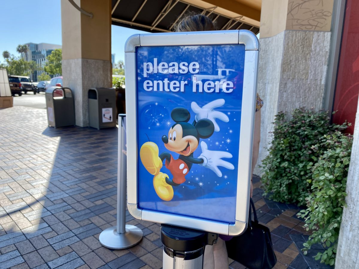 DisneyOutletCA08/31/2020