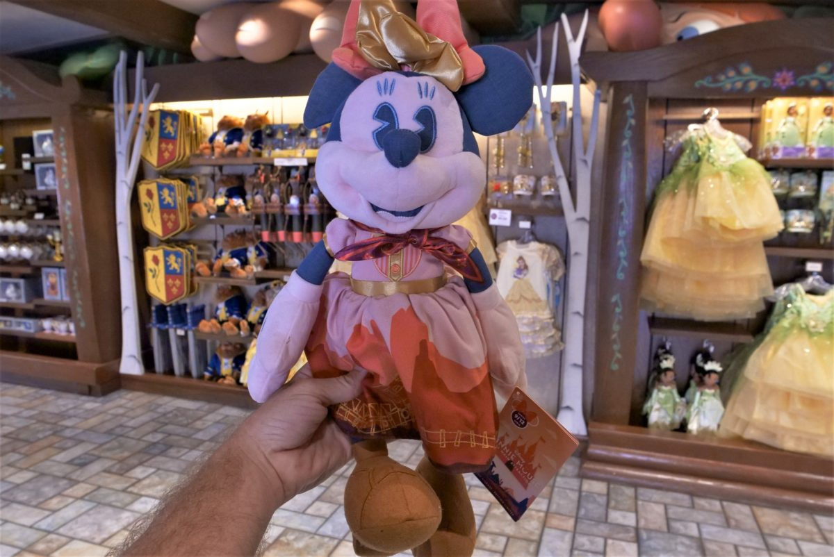 minnie-mouse-main-attraction-big-thunder-mountain-plush-9-27-20-2-5259453