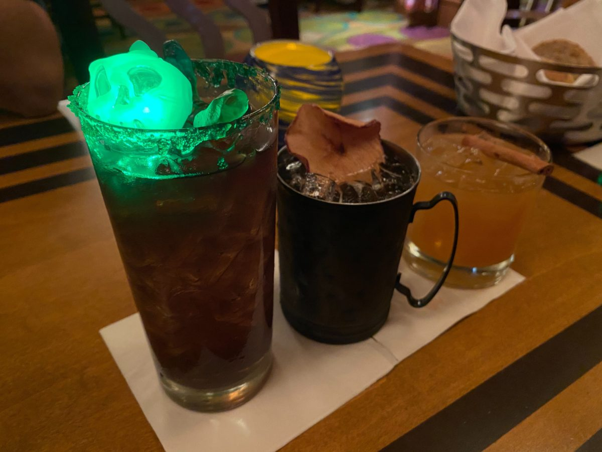 harvest-punch-wild-apple-mule-witches-brew-the-wave-of-american-flavors-disneys-contemporary-resort-7