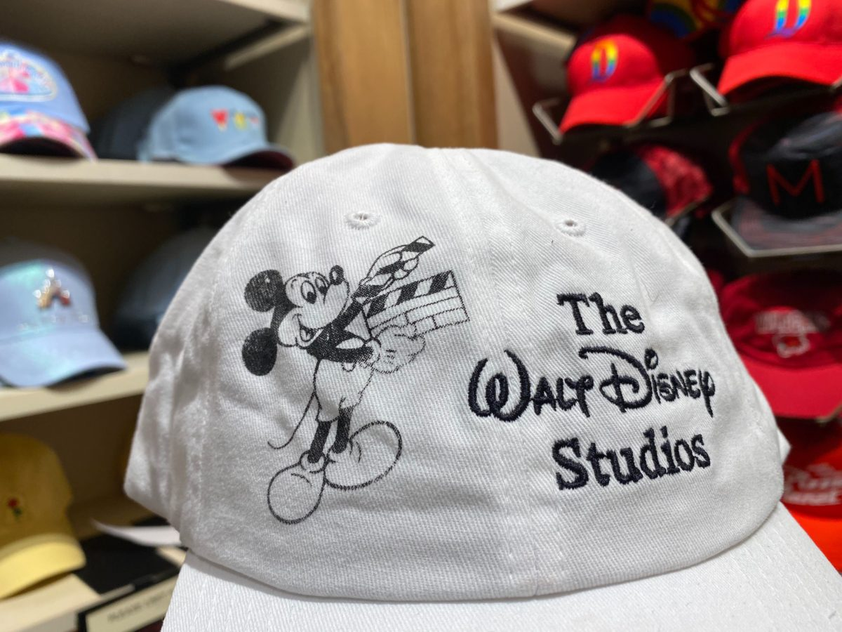 mickey-disneyland-hat-2