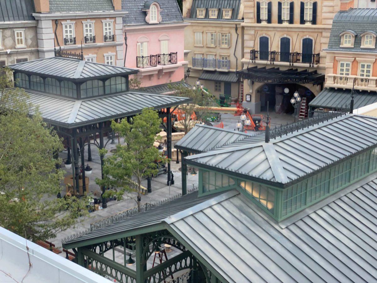 10-11-france-pavilion-update-47-8286370