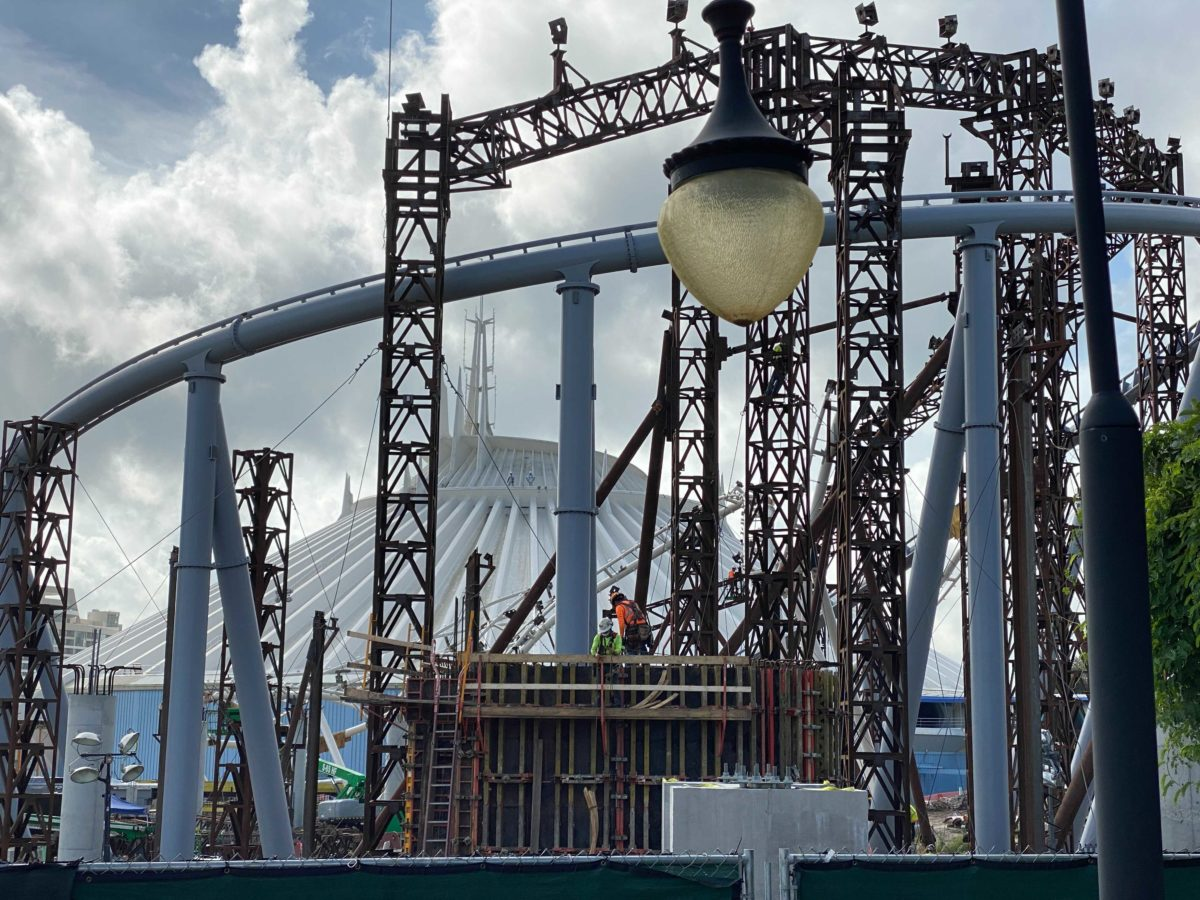 tron-lightcycle-run-construction-magic-kingdom-october-7-2020-19