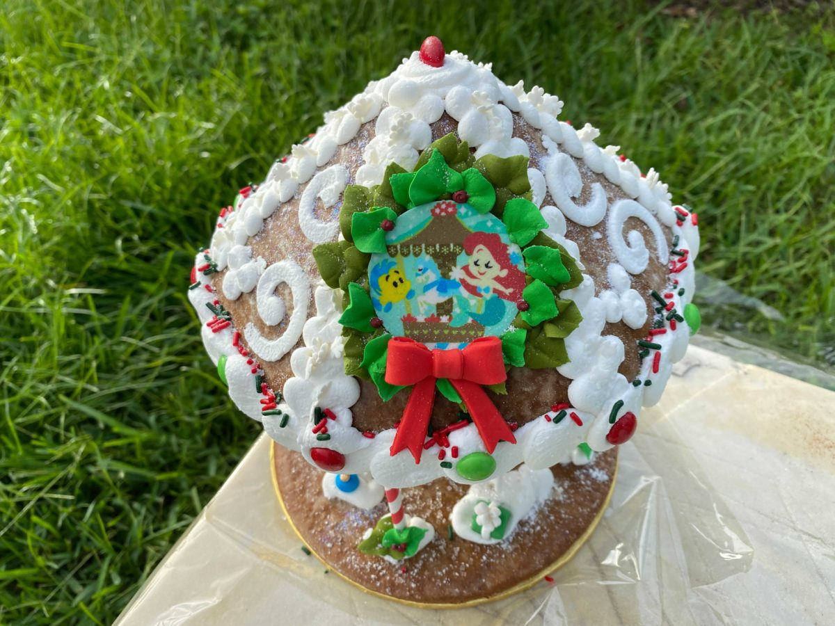 gingerbread-carousel-outside-6