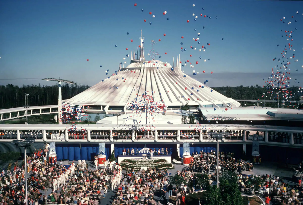 space_mountain_grand-opening-8943844