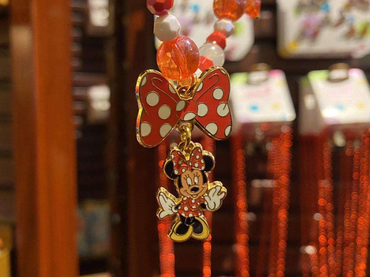 red-minnie-costume-jewelry-necklace-detail-magic-kingdom-12302020-4286893