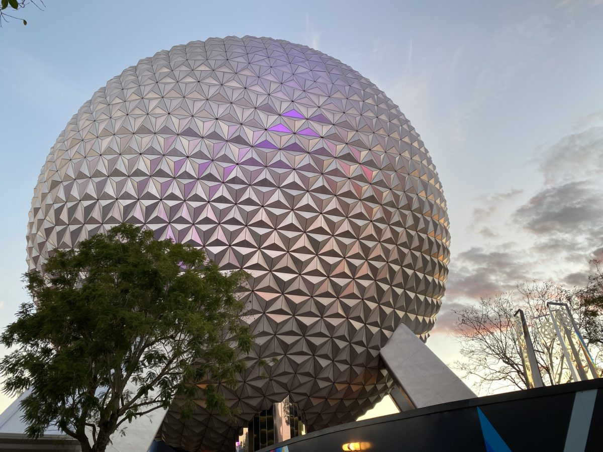 spaceship-earth-featured-image-hero-epcot-12212020-4992371