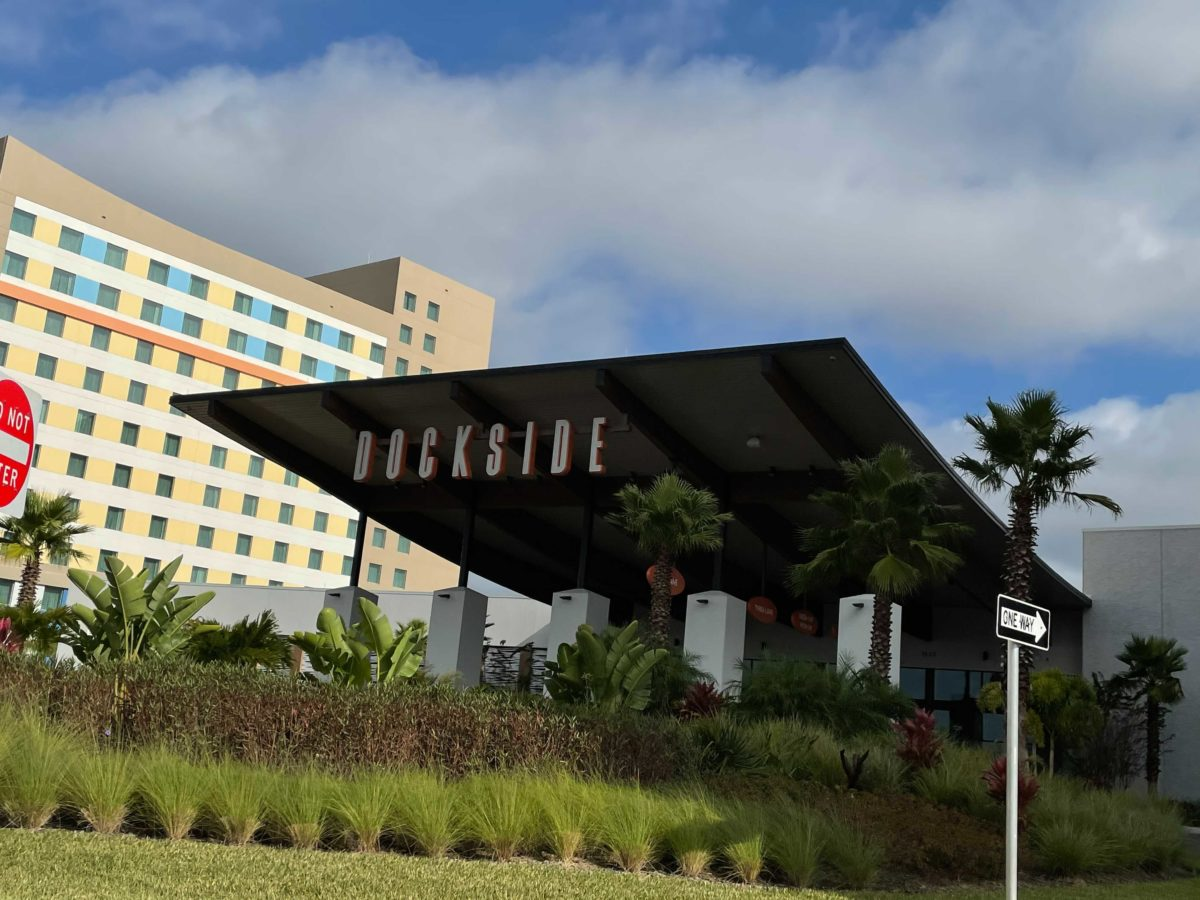 dockside-inn-and-suites-1