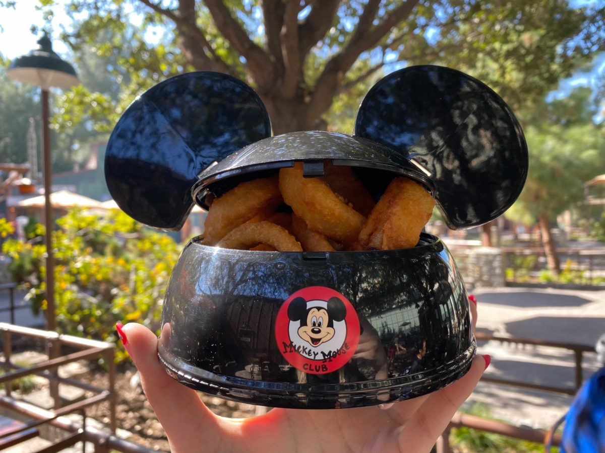 mickey-mouse-ear-hat-bowl