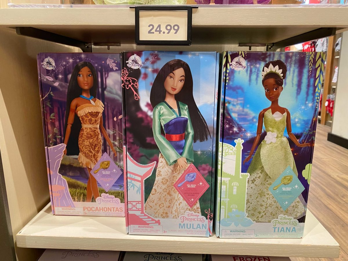 downtown-disney-district-plastic-free-packaging-classic-dolls-12-2512362