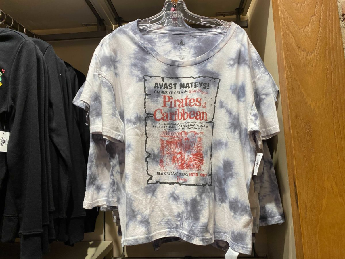tie-dye-pirates-of-the-caribbean-apparel-2