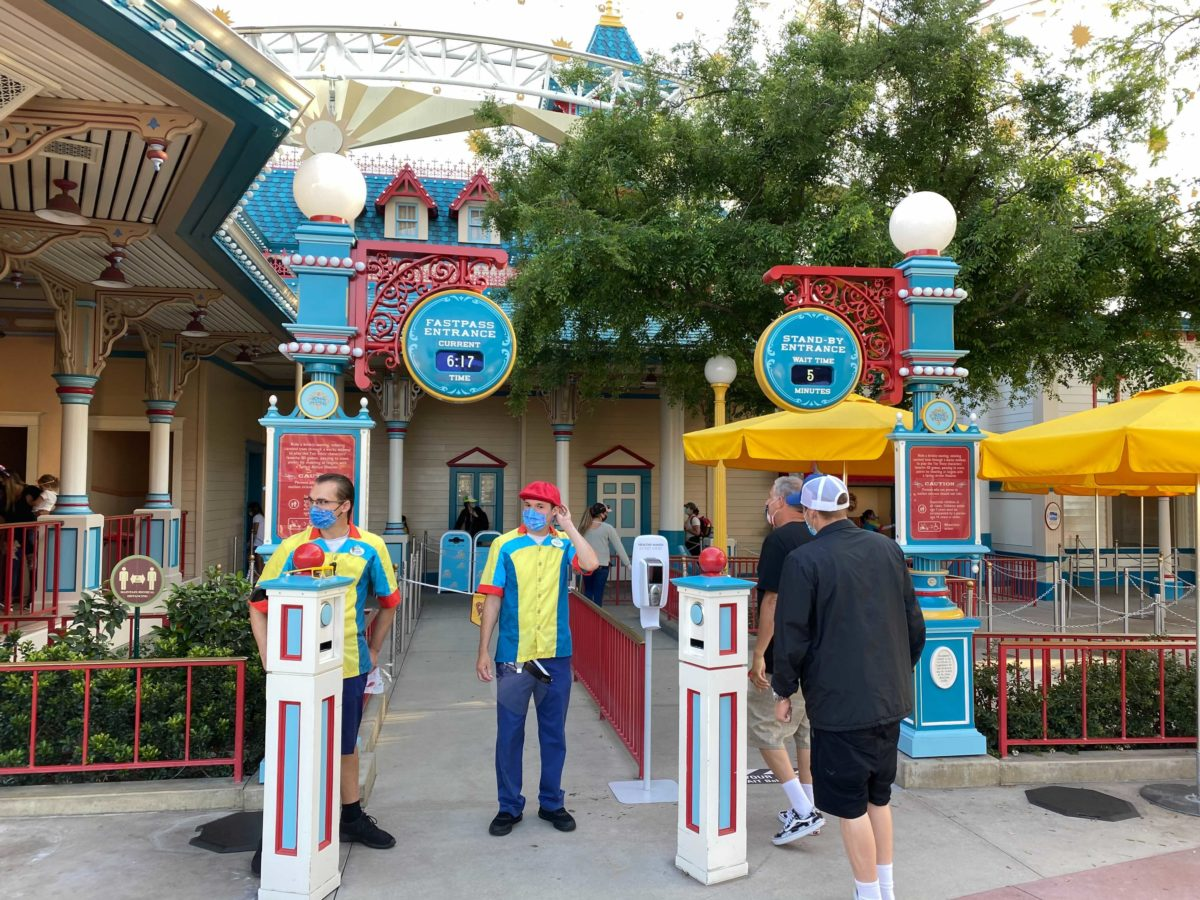 disney-california-adventure-pixar-pier-toy-story-midway-mania-2021-reopening-physical-distancing-20-2201130