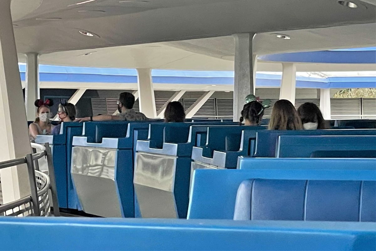 peoplemover-loading-every-car-3