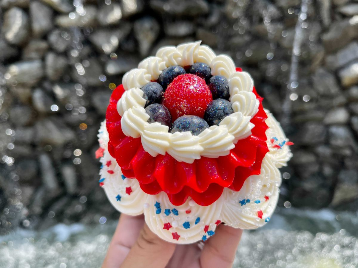 New Memorial Day cupcake with white chocolate mousse at Capt. Cook's at the Polynesian Village Resort in Walt Disney World
