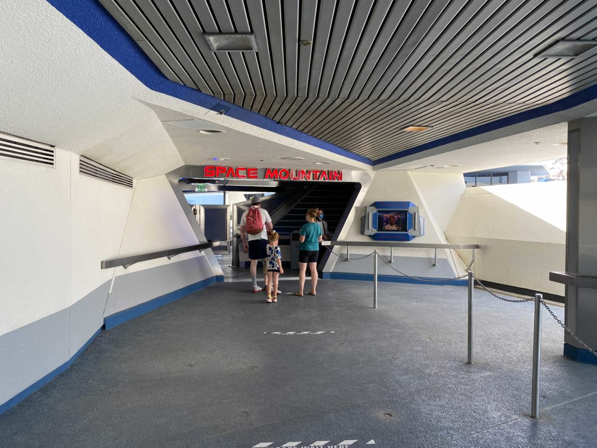 space-mountain-reopens-0-2