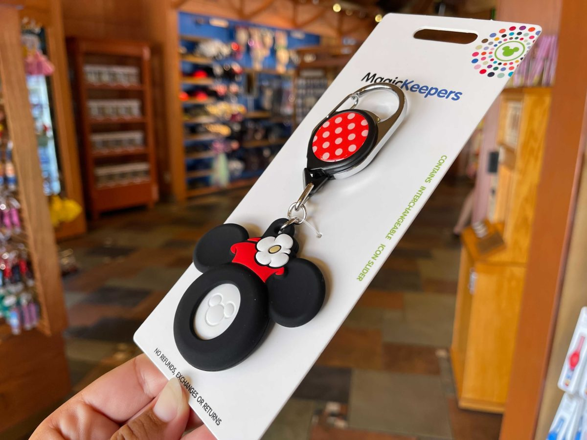 New Minnie Mouse MagicKeeper at Pin Traders in Disney Springs at Walt Disney World