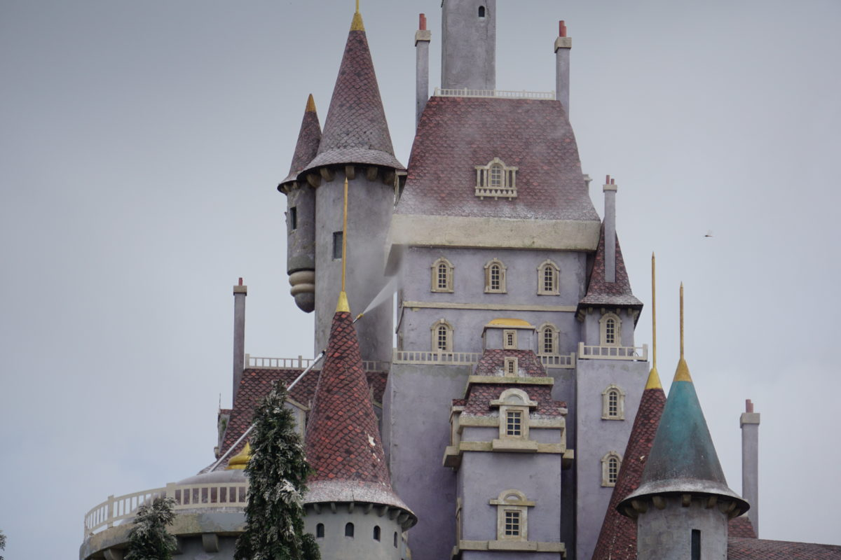 be-our-guest-castle-power-washing-detail-magic-kingdom-07232021